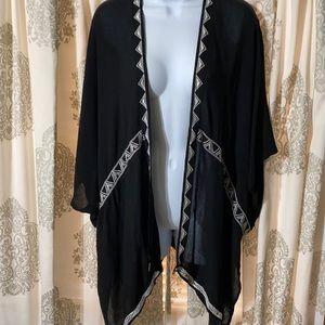 Olive + Oak Aztec print kimono